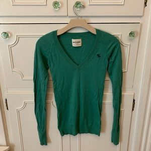 Abercrombie Green Lightweight Fitted Sweater